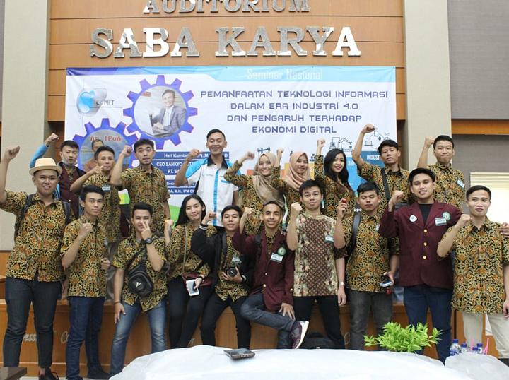 Seminar Nasional Industri 4.0